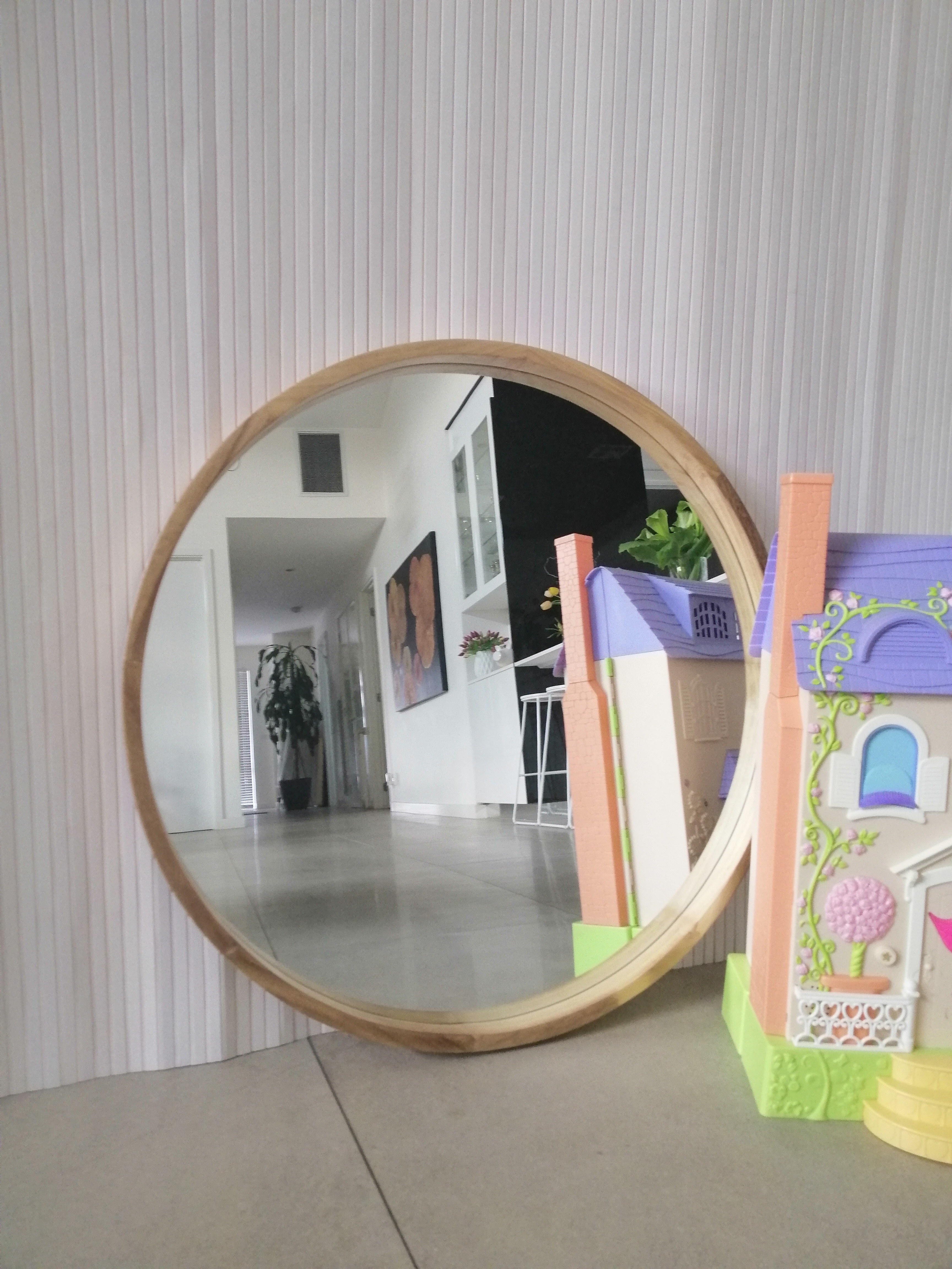 Large White Round Mirror 1 2 M 1 2 Price Now 250 Call Melbourne Mirrors